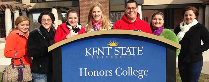 Salem Honors Students Hit Kent Campus