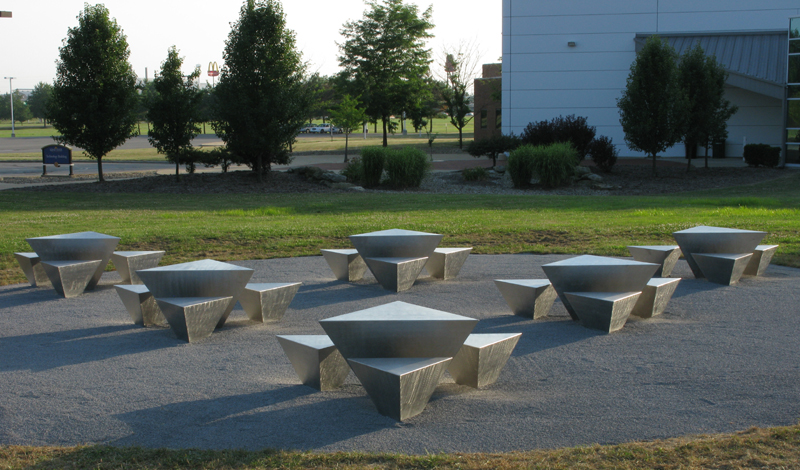 """""""Tetra"""" series of outdoor sculptures by David Colbert commissioned by the Ohio Arts Council and located at the Kent State at Trumbull Science and Technology Building."""