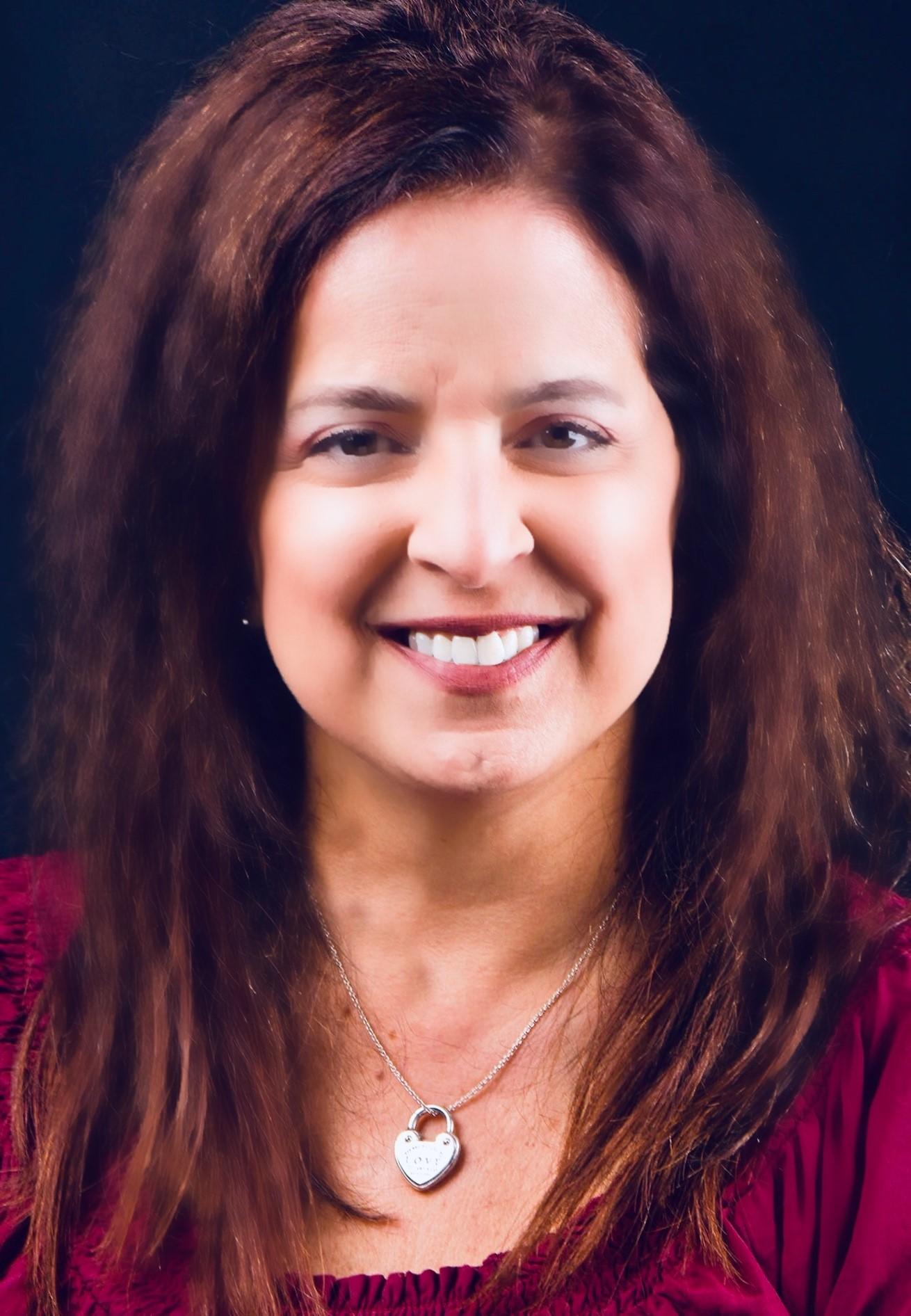 Anne Alfano Headshot