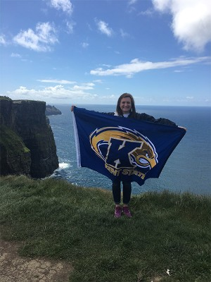 Stephens shows her KSU pride at the Cliffs of Moher in Ireland before traveling to Florence to take classes and work.