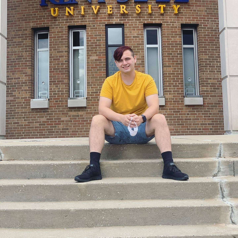 Ryan McGinnis, Freshman, Major: Psychology, Minor: Theatre Studies, EcoRep for Lake / Olson