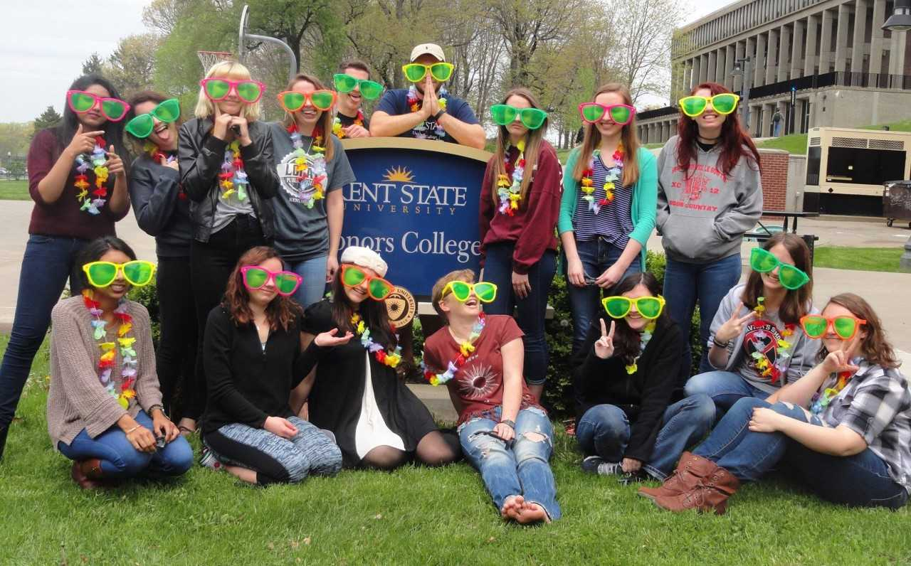 Professor Shank's Freshman Honors Colloquium Class in Silly Glasses