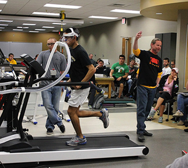 Dr. Rogers teaching about oxygen consumption in his exercise physiology course at Wichita State University.