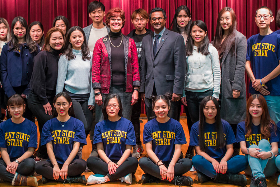 """Chinese Students Say """"Goodbye"""" and """"Thank You"""" to their Kent State Friends"""