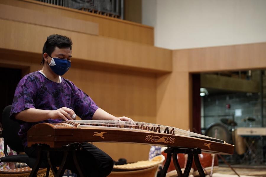 Kent State students performing in Thai Ensemble