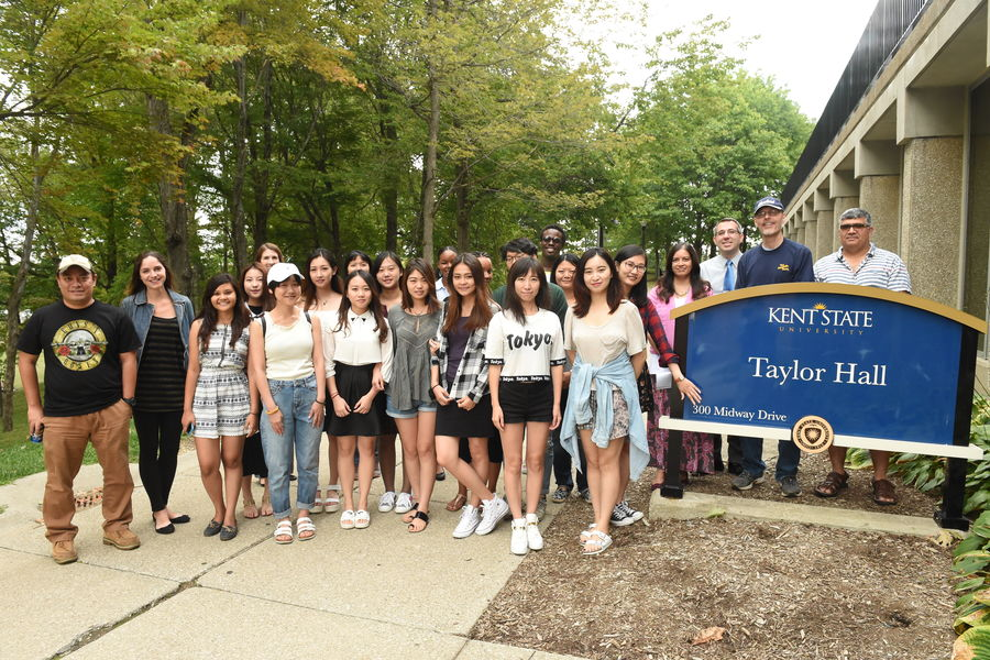 International Students in front of Taylor Hall