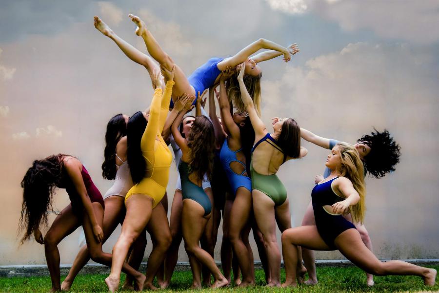Kent Dance Ensemble promotional image for woMENtum