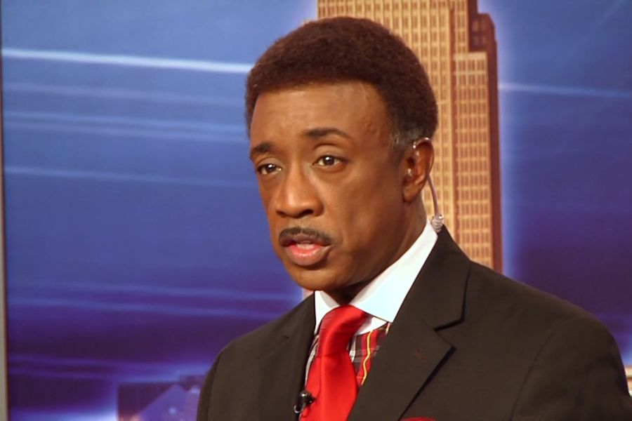 Wayne Dawson, WJW Fox 8 anchor and Kent State graduate in the class of