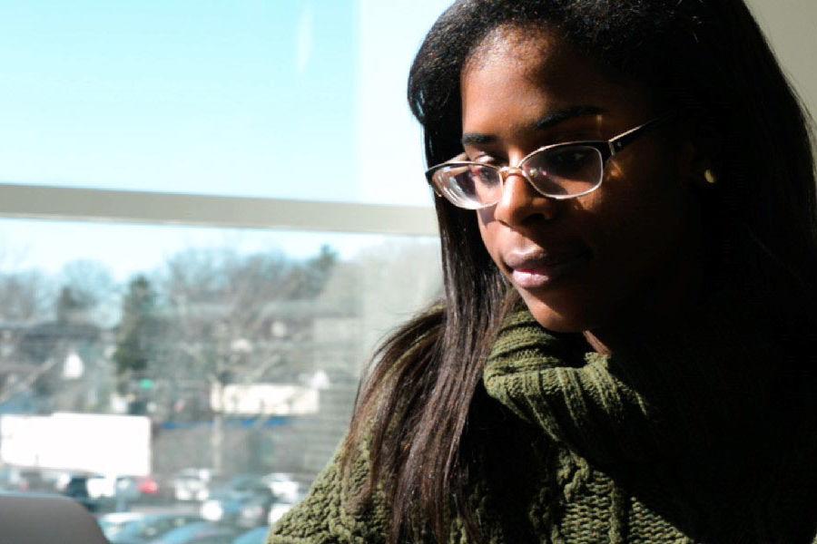 Amari Thomas, a fashion merchandising major at Kent State University, studies in Rockwell Hall.