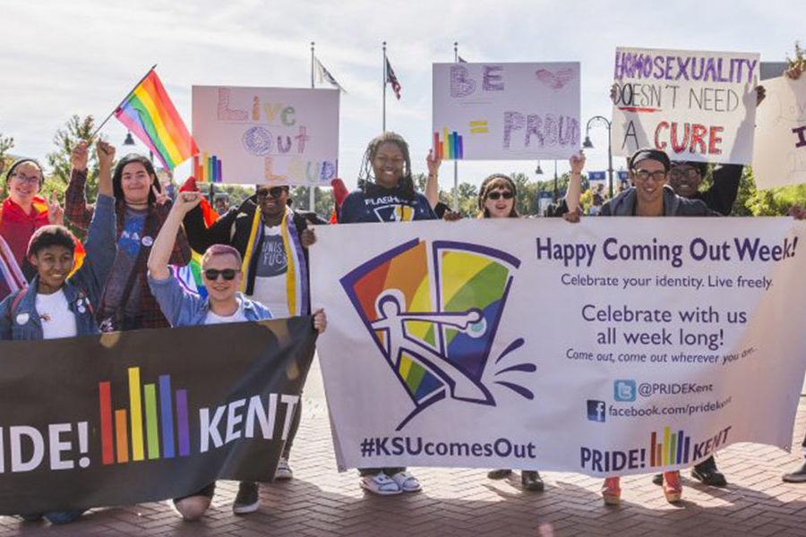 Kent State students of PRIDE! Kent gather on Risman Plaza. The student organization celebrated its 45th anniversary. (Photo credit: Corey Grau)