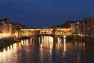 Ponte Vecchio at night, lit up