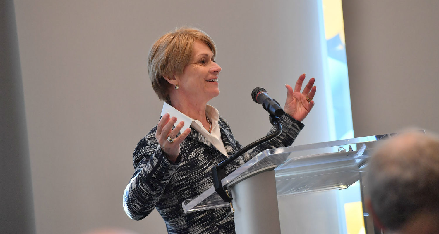 Kent State President Beverly Warren speaks during the grand opening of the new Center for Philanthropy and Alumni Engagement.