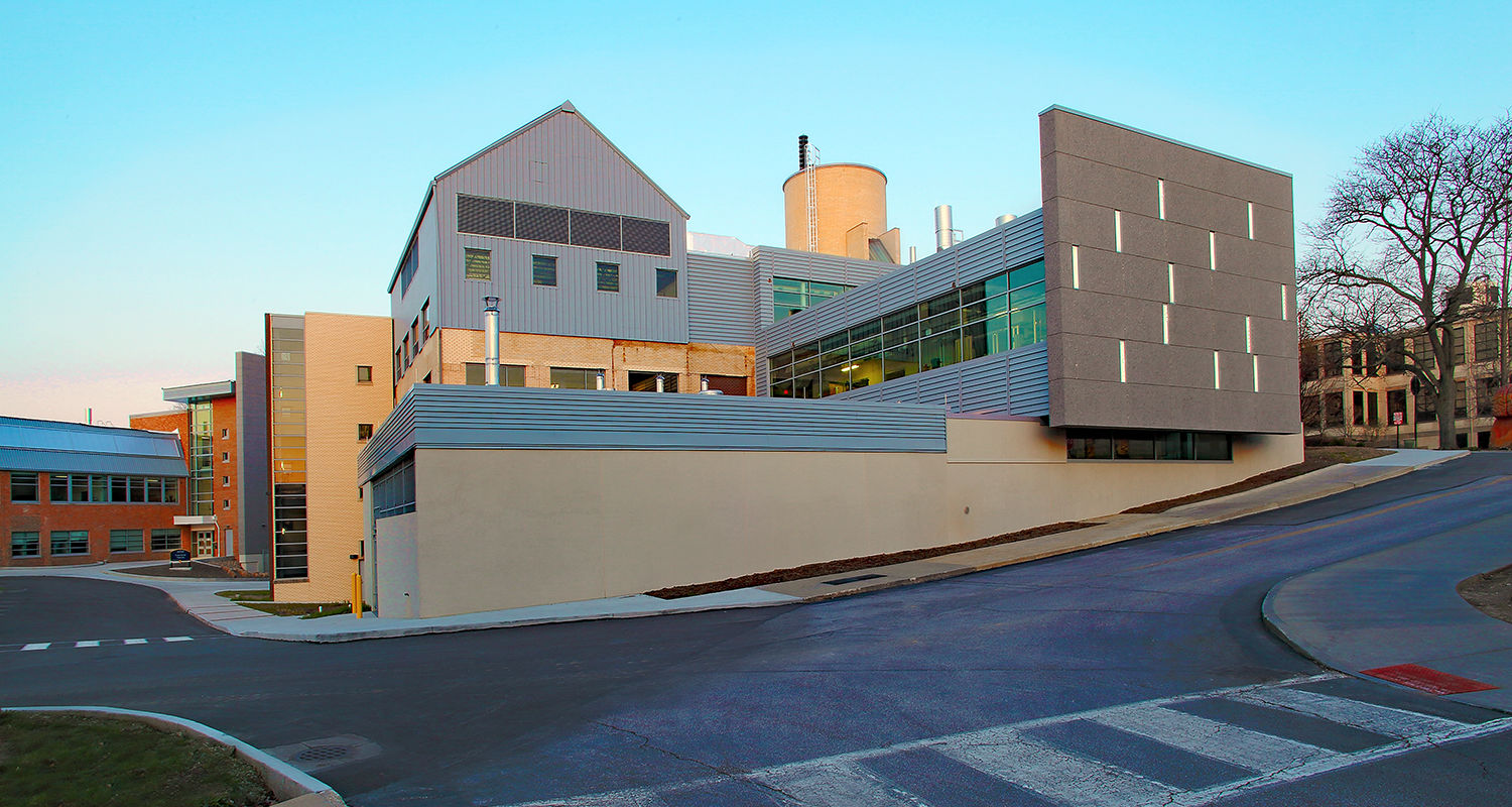 View of the new Center for Visual Arts from the Oscar Ritchie Hall parking lot. Photo by Dan Morgan.