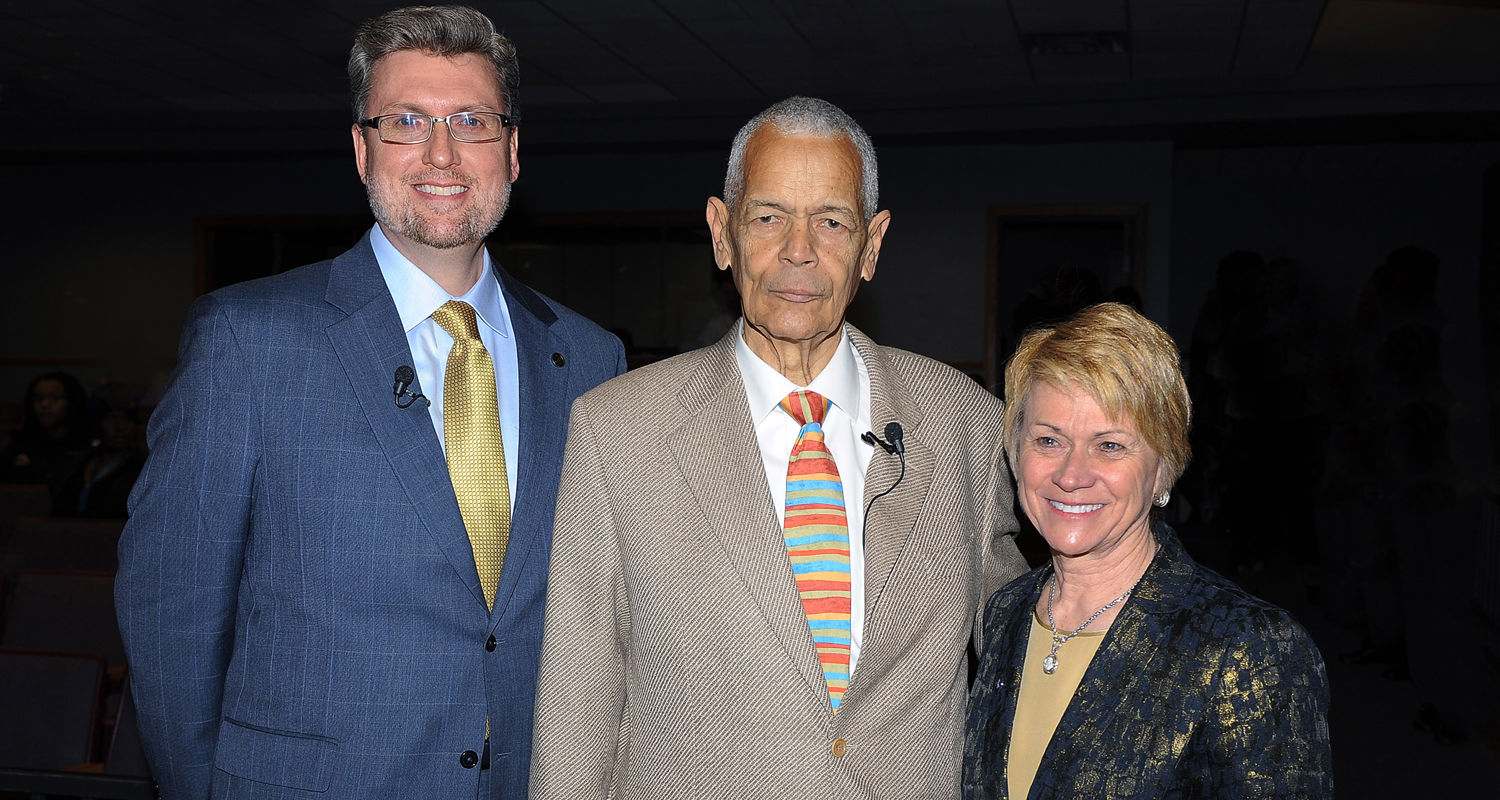Kent State President Beverly Warren meets with Thor Wasbotten (left), director of Kent State's School of Journalism and Mass Communication, and civil rights leader Julian Bond (center), as part of Kent State's 13th annual Martin Luther King Jr. Celebratio