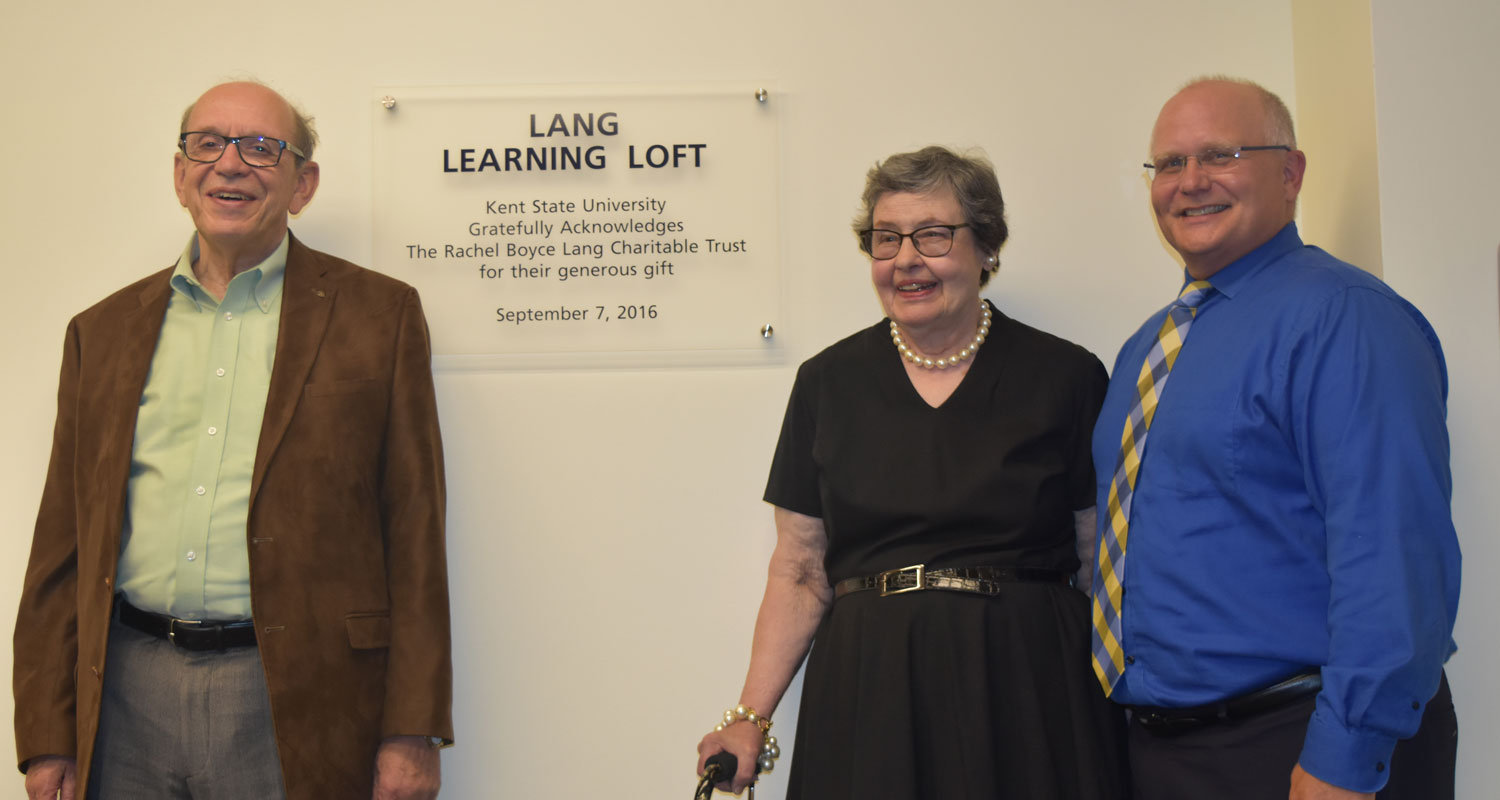 (From left) Charles Lang, Mary Sue Lang and Dr. David Dees.
