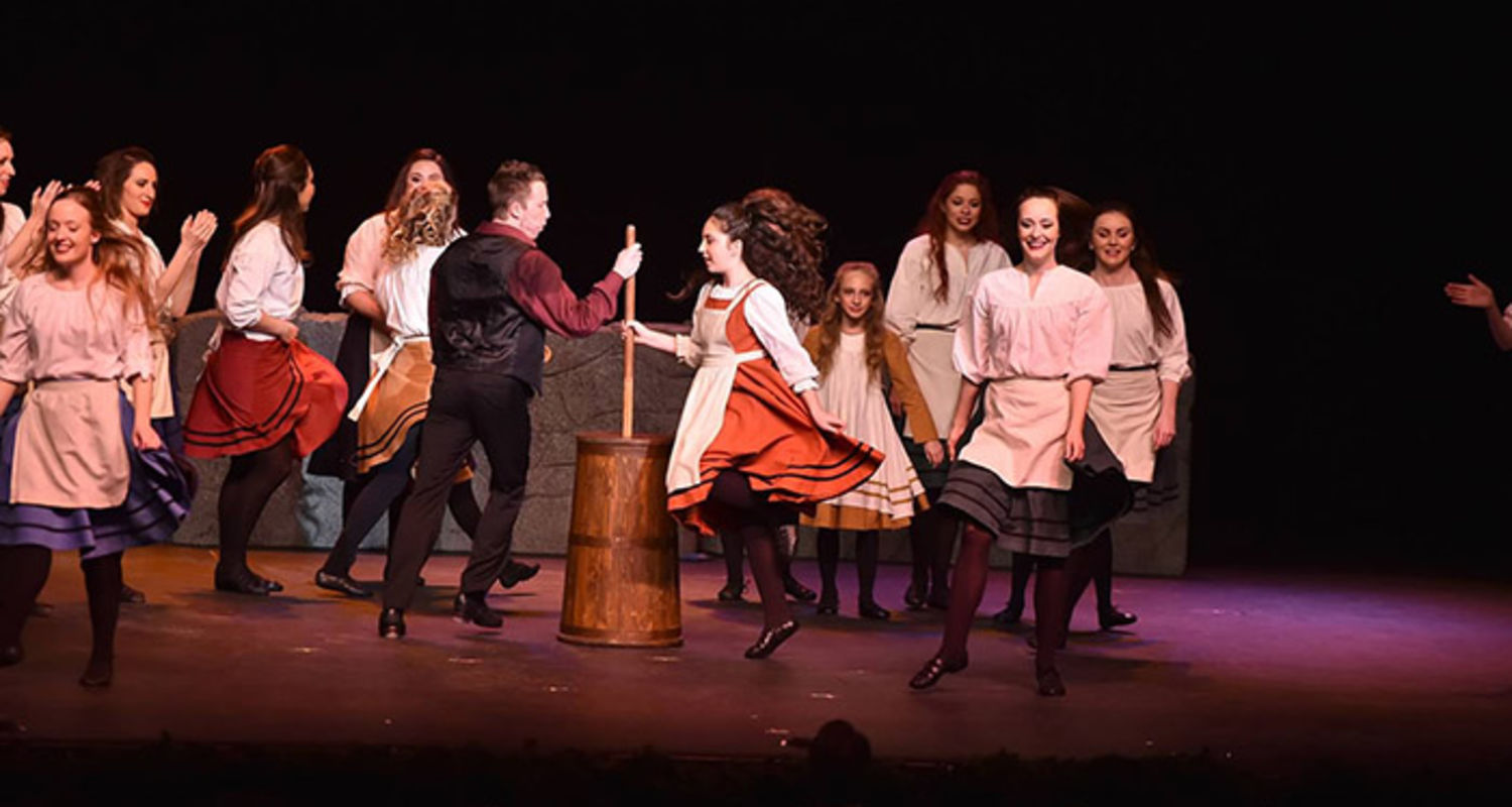 An Irish Christmas on Stage at the Performing Arts Center Dec. 17 ...