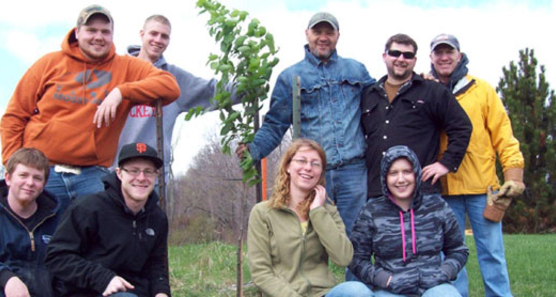 Kent State University at Salem observe Earth Week