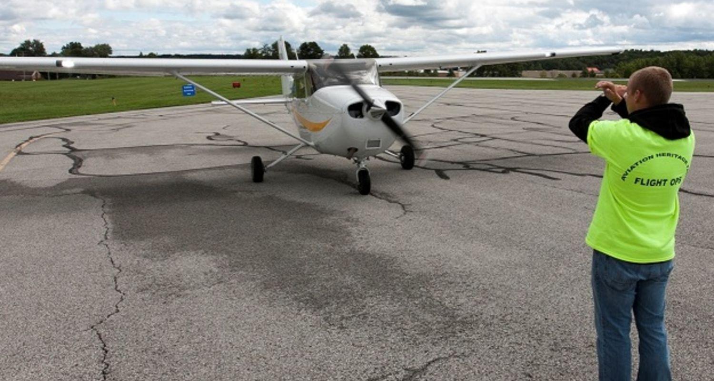 photo Cessna 172 Skyhawk, Kent State University