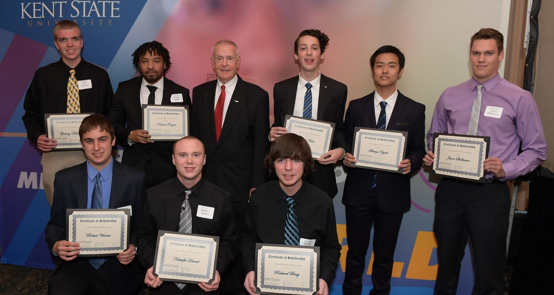 photo 2016 Vision 21 Awards Banquet Scholarship recipients