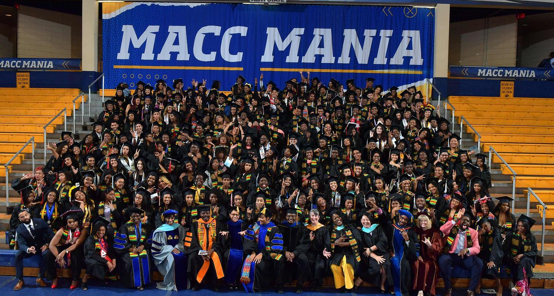 Group photo of 2018 Karamu graduates