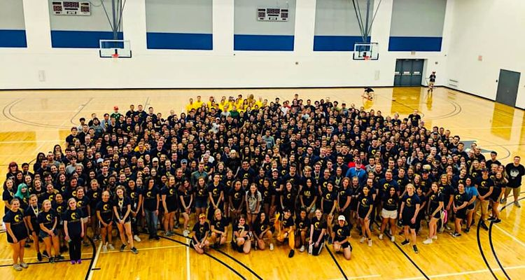 Honors College Group Photo of Freshmen Class of 2023