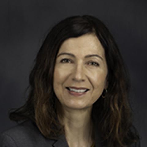 Headshot of Christine Connors