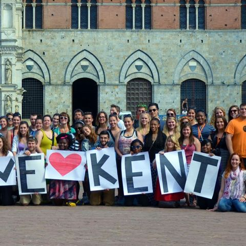 Kent State students in Florence, Italy