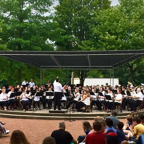 Kent State Summer Band playing outside