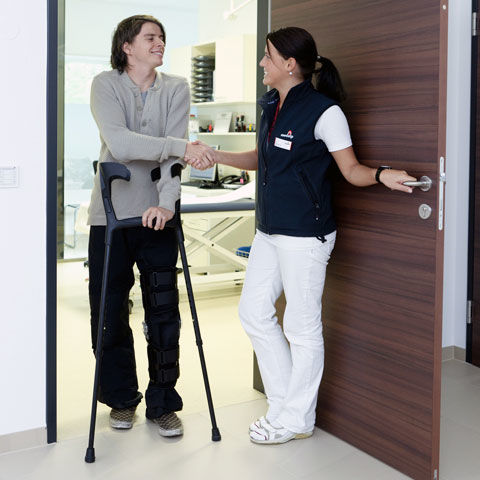 Find out if a new career in Physical Therapist Assistant is right for you!