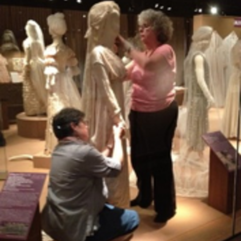 Mannequin dressing