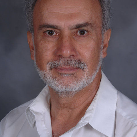 Photo of Dr. Roberto Uribe-Rendon