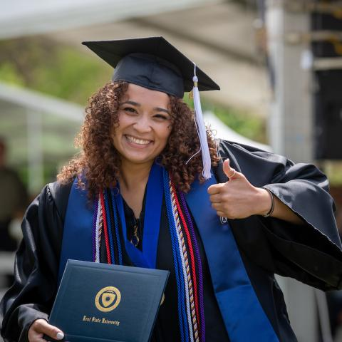 Photo of a Kent State graduate