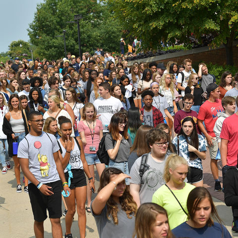Kent State welcomes the largest freshman class in university history.