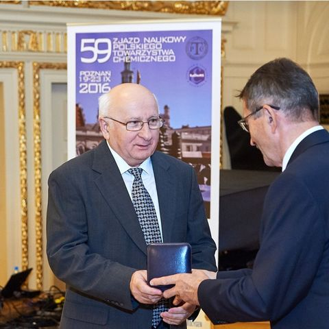 Mietek Jaroniec, Ph.D., a professor in the Department of Chemistry and Biochemistry at Kent State University, was awarded the Medal of Marie Sklodowska-Curie by the Polish Chemical Society for his scientific achievements.