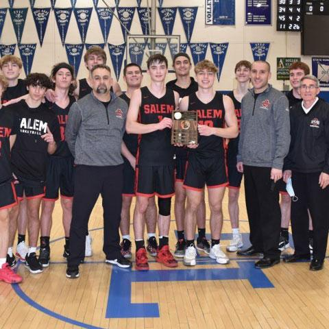 2021 County Classic Salem Quakers won this year's contest over the East Liverpool Potters