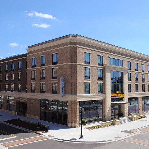 The Kent State Hotel and Conference Center shortly before the grand opening celebration.