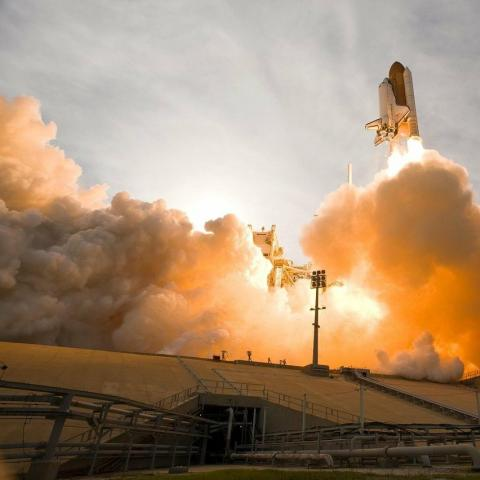 Image of a rocket taking off