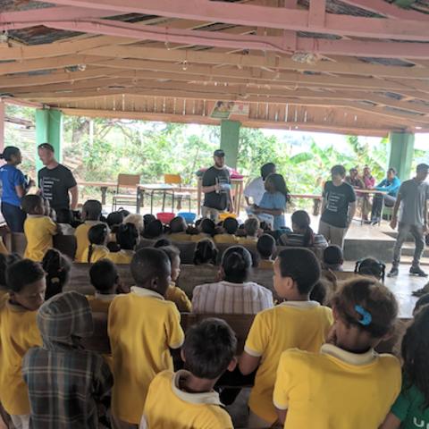 Kent State Students Volunteer in Dominican Republic for Alternative Spring Break Trip
