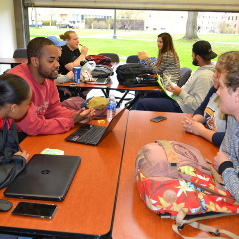 Students Assist in Diversity Training for College of Communication and Information