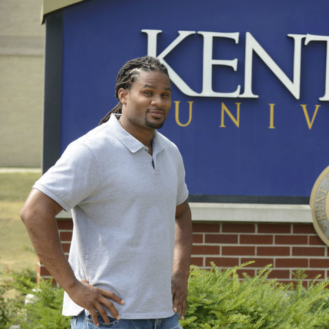 Josh Cribbs, a three-time NFL Pro Bowler and 2010 graduate of Kent State University, will return to his alma mater to serve as the Homecoming Parade Grand Marshal on Oct. 1