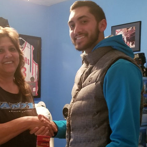 Kent State University student Eli Kalil, shown here with his mom, engaged Twitter users to help his mom quit smoking.