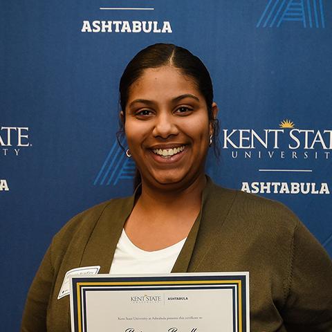 Ashtabula Campus Female Dean's List Student