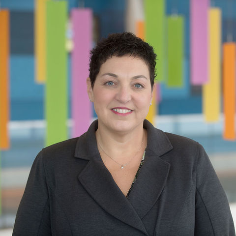 Alumna Lisa Aurilio, MSN, MBA, RN, NEA-BC, was recently promoted to Chief Operating Officer at Akron Children's Hospital.