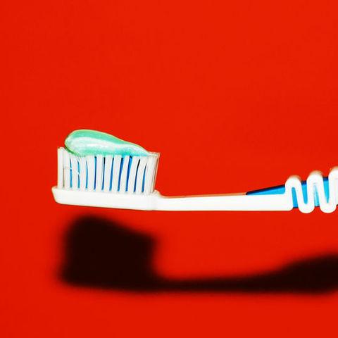 toothbrush image