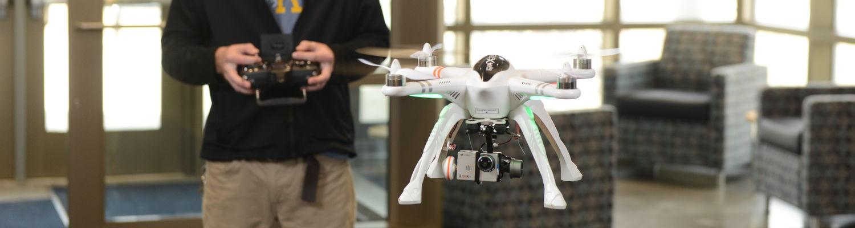 photo aeronauatics unmanned aircraft student flying UAV