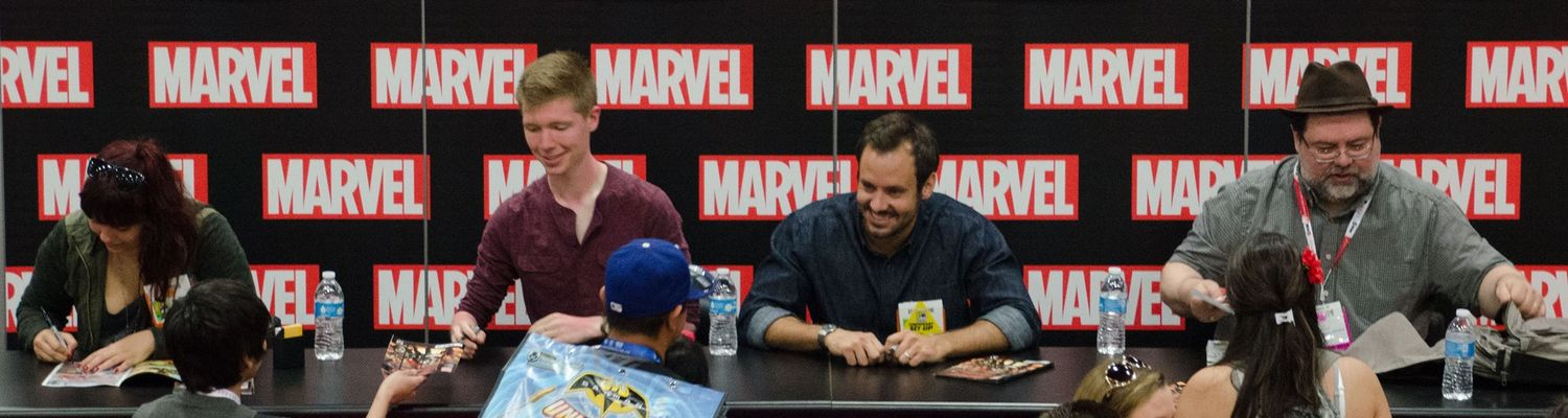 Chad Lewis at Comic Con