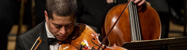 Cristian Diaz, violist, in Kent State Orchestra