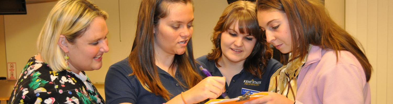 Nursing Students Prepare for a Lab