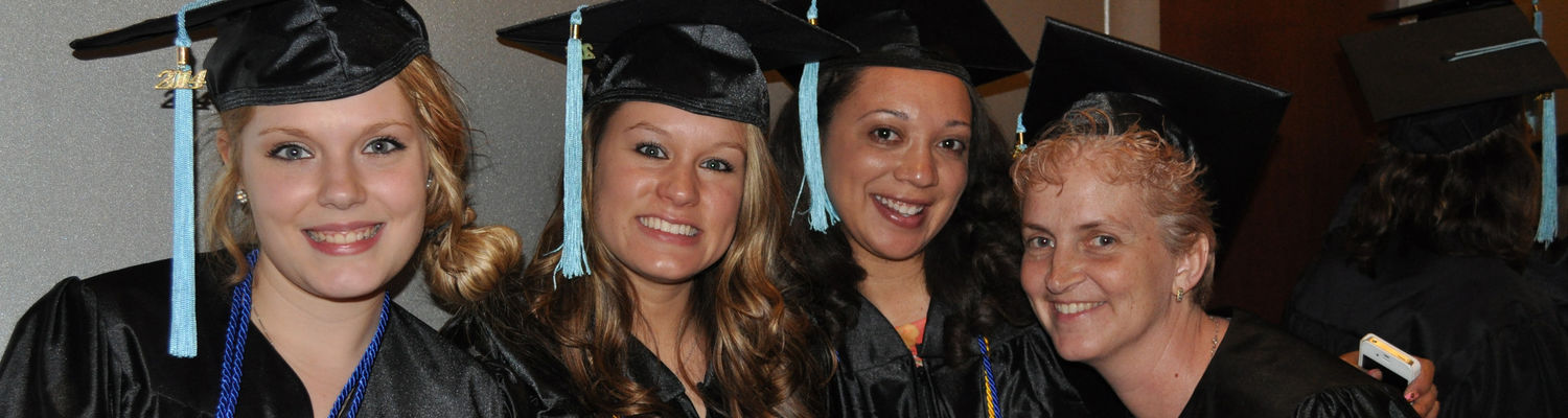 Graduates Can Join the Alumni Association at No Charge