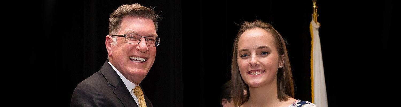 Jasmine Hickey receives Dean's Scholarship